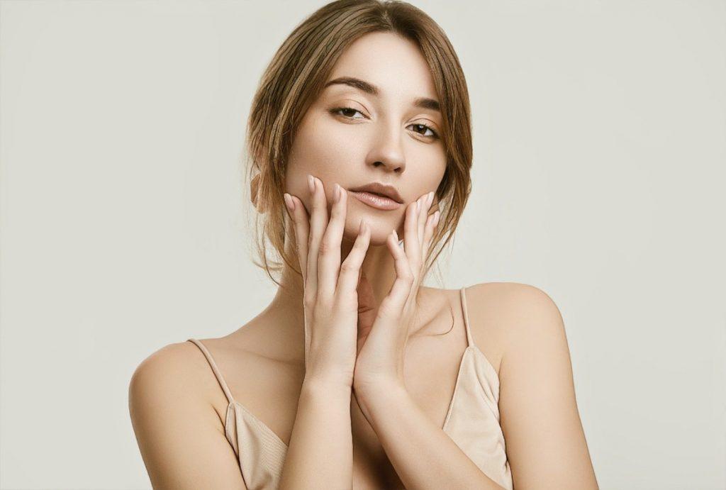 фото девушки после комплекса косметологических процедур